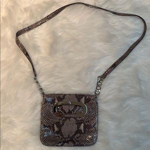 Michael Kors x-body bag SNAKE w silver hardware